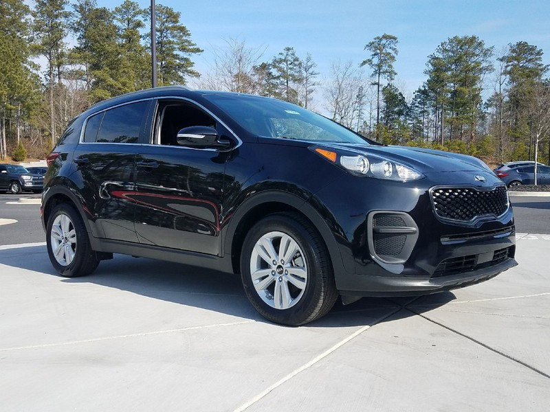 new 2018 kia sportage lx fwd 4 dr suv in woodstock w01269 carriage kia of woodstock. Black Bedroom Furniture Sets. Home Design Ideas